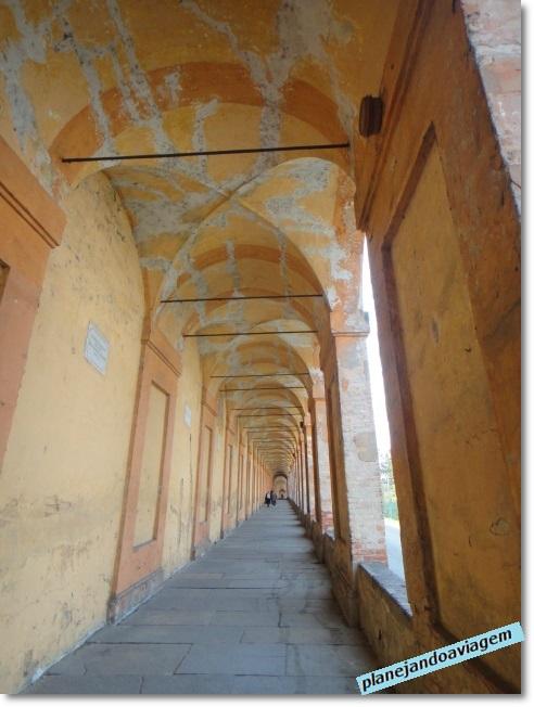 Bolonha - caminho até Basílica