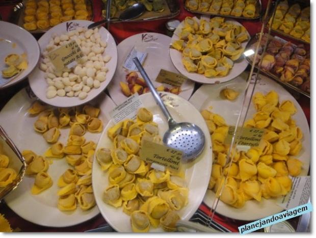 Bolonha - comida típica - tortellinis