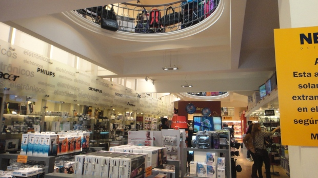 Neutral - interior da loja