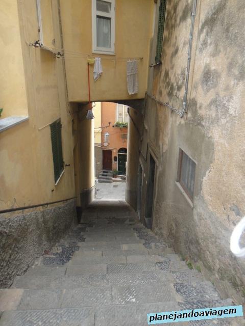 Escadarias e mais escadarias