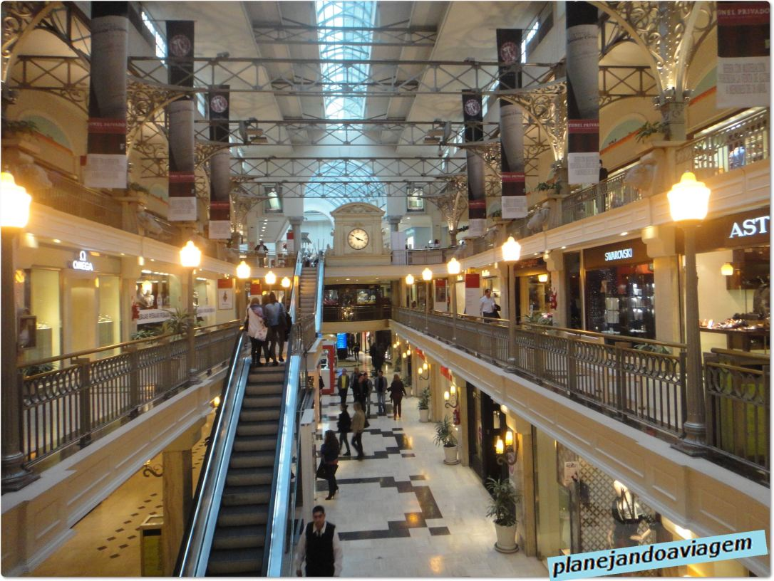 Interior Shopping Patio Bullrich - Na Recoleta