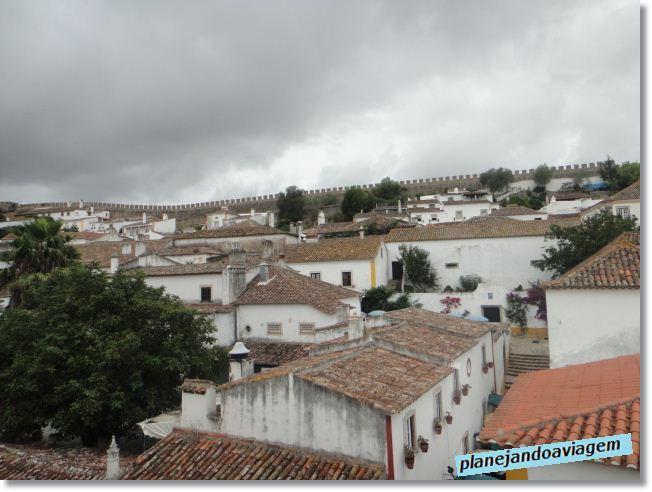 Óbidos - vista de Cima do Muro com outra parte da muralha ao fundo