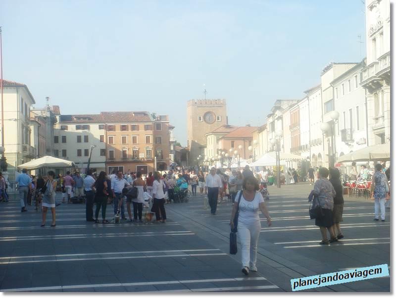 Piazza Erminio Ferretto