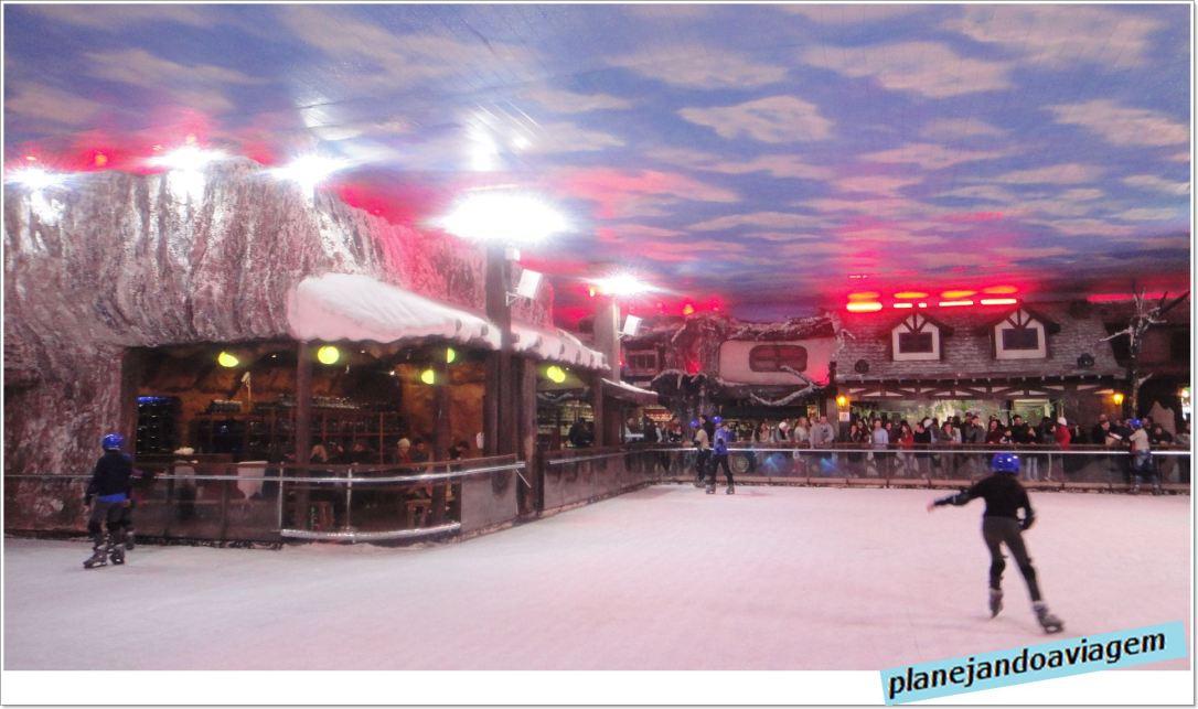 Pista de Patinação no Snowland