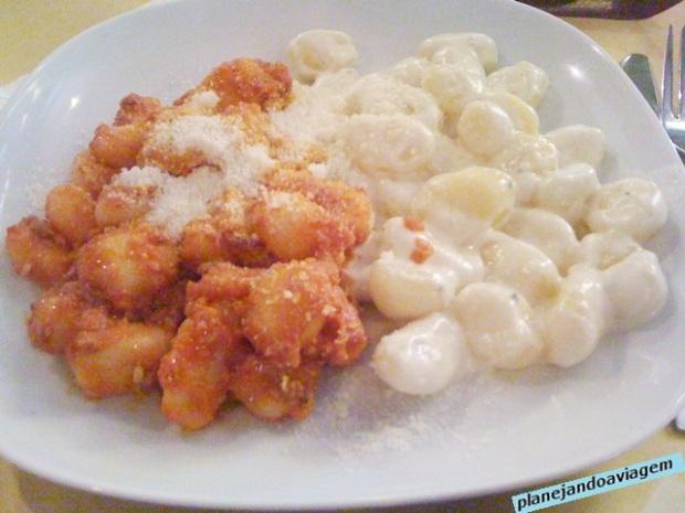 La Locanda di Bacco - Gnhocci al ragu e ai quattro formaggi