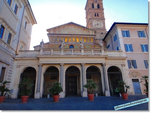 Basílica Santa Maria in Trastevre - Fachada