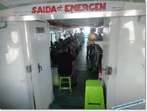 Interior do barco expresso de Belem a Barcarena