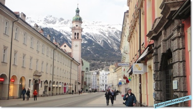 Centro Innsbruck, rua Maria Theresa, homenagem a Imperatiz.