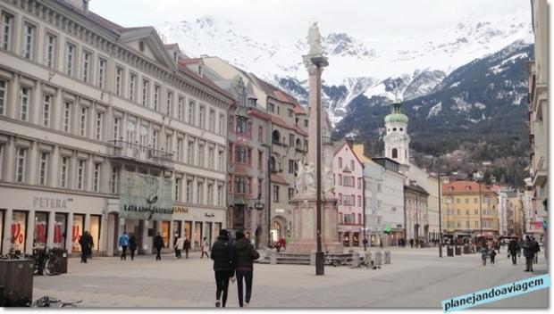 Rua Maria Theresa (somente para pedestres)