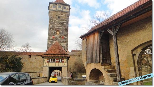 Uma das entrada da cidade