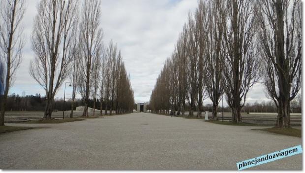 Dachau - Patio onde ficavam os alojamentos