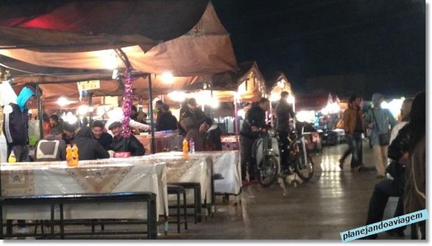 Praça Jemaa ef-Fna - Mercado noturno de comidas