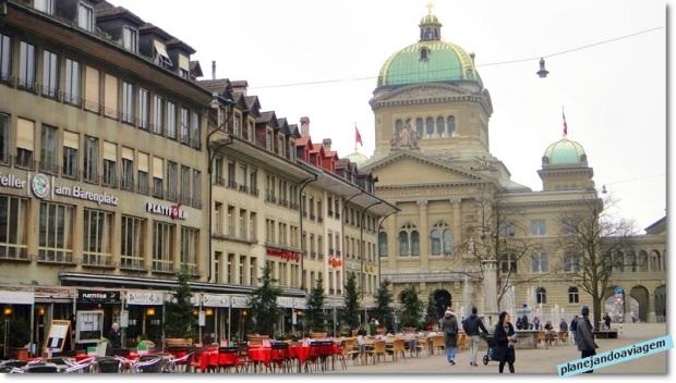 Praça e Prédio do Parlamento -Busndesplatz e Bundeshaus