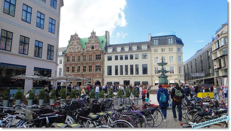 Stroget - rua de compras em Copenhagen