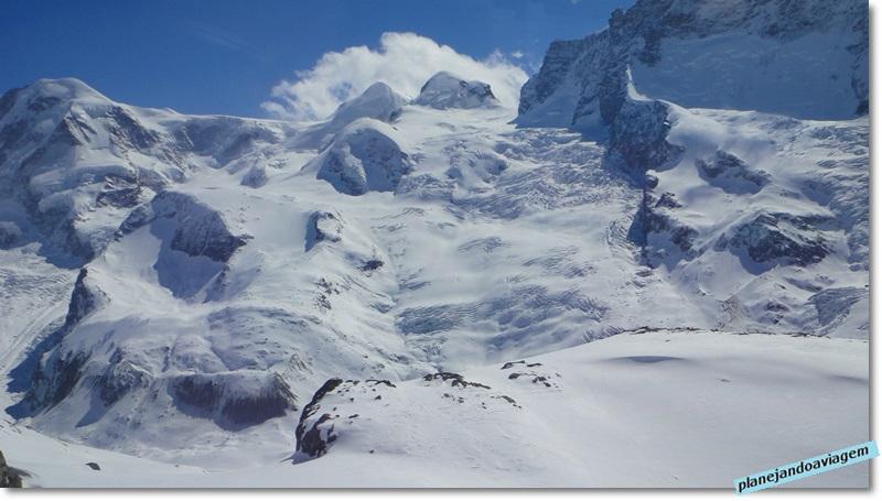 Glaciares na subida do Gornergrat em Zermatt