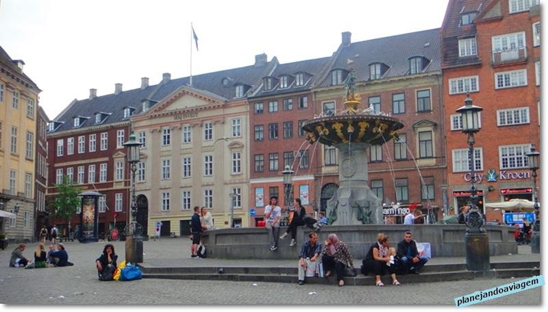Caritasbronden (Fonte Caritas), a mais antiga da cidade, data de 1600.