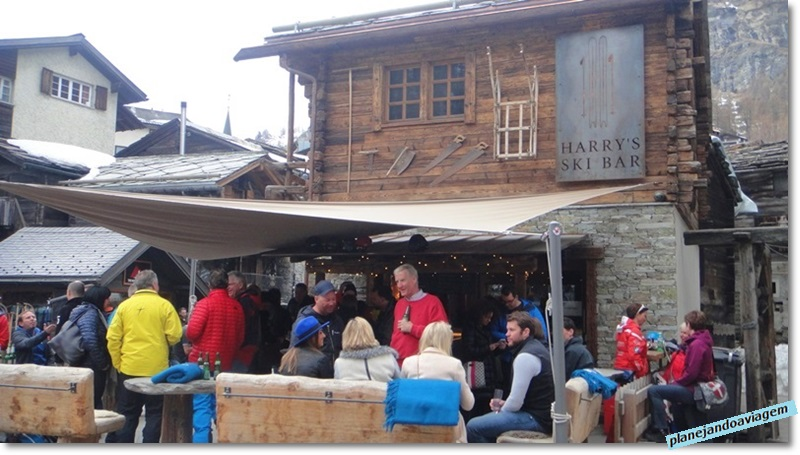 Happy Hour (after ski) no Harrys Ski Bar