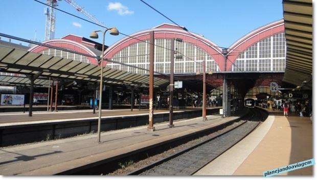 Estacao Ferroviaria Central - plataformas