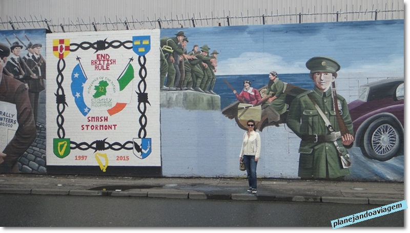 Murais na Falls Road em Belfast