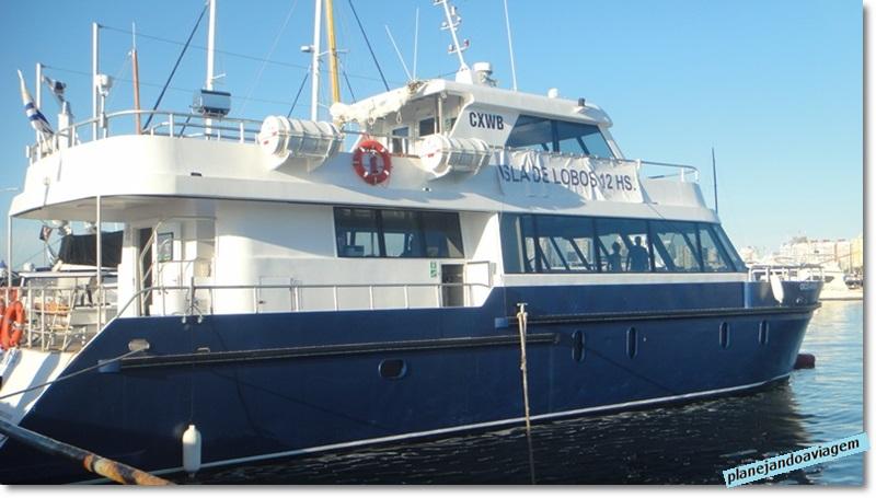Barco de passeio ate Ilha dos Lobos Marinhos