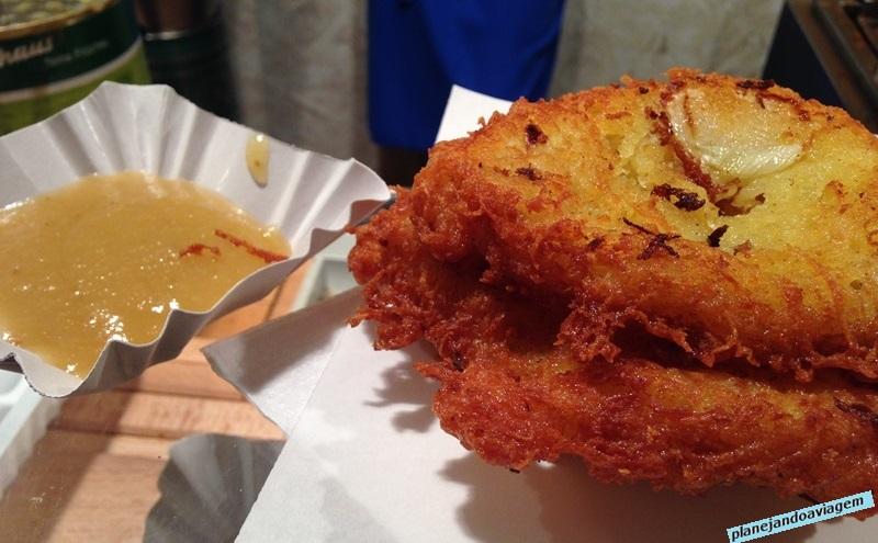 Novo Mercado de Natal -Angels - bratkartoffeln (batatas fritas com geléia de maça)