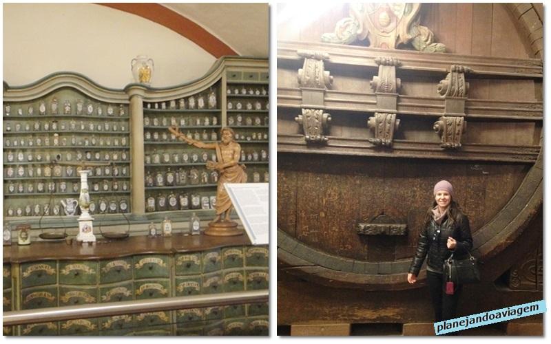 Interior do castelo - grande tonel de vinho e museu da farmacia alema