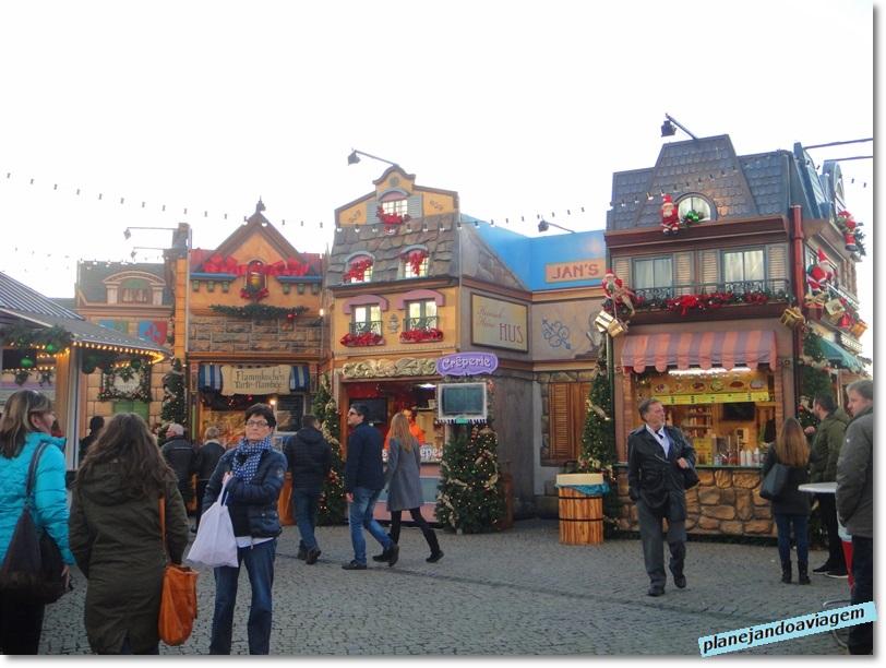 Bancas na Burgplatz em Dusseldorf