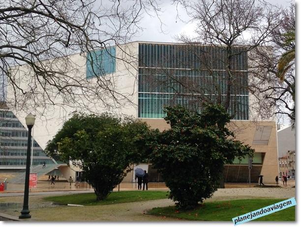 Fachada da Casa da Musica no Porto