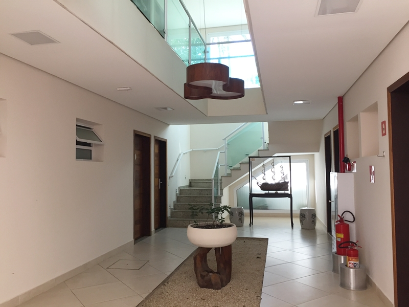 Amora Hotel - corredor entre quartos - terreo