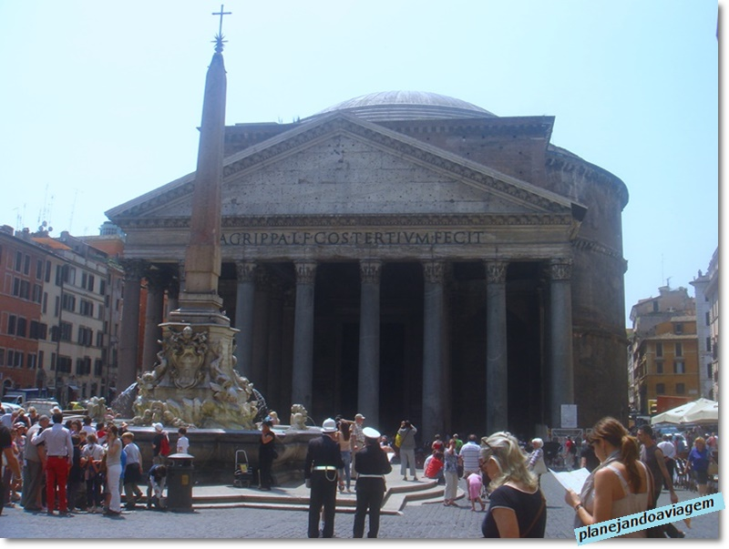 Roma - Piazza del Pantheon