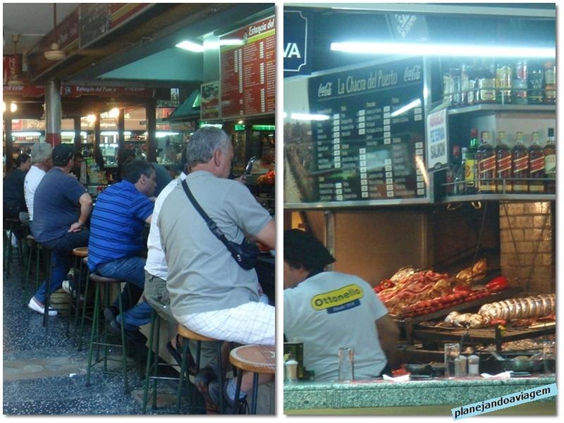Montevideu - Mercado del Puerto - interior e parrilla