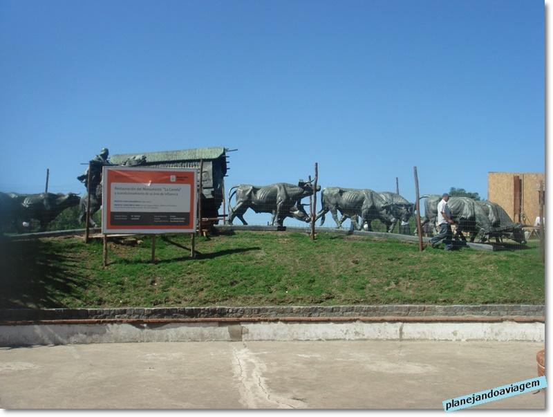 Montevideu - Monumento a La carreta