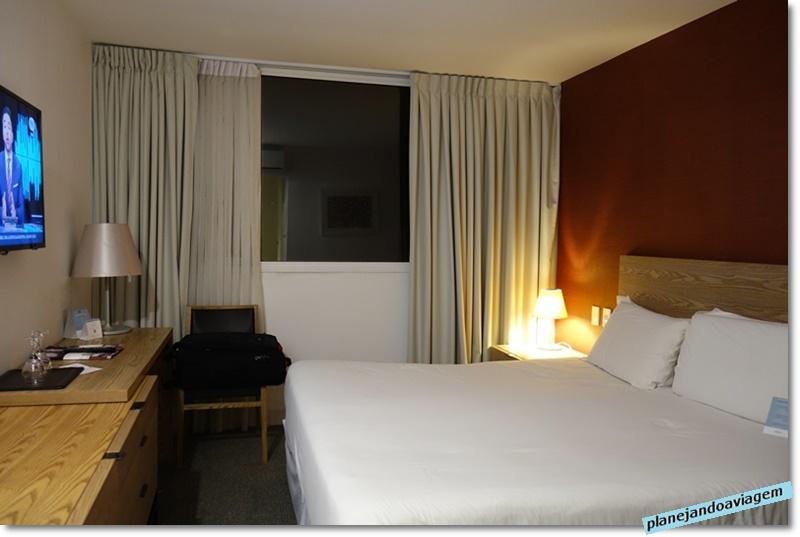 Montevideu - Hotel Mercure - quarto