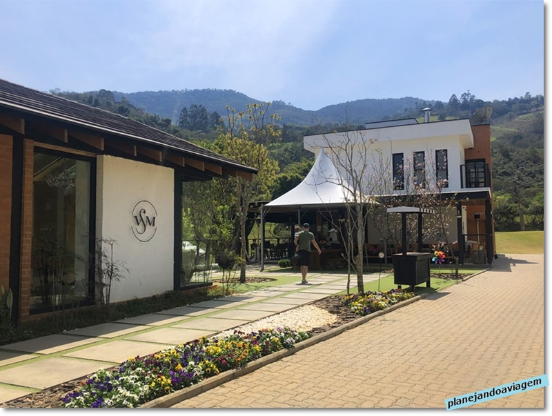 Vinicola Villa Santa Maria em Sao Bento do Sapucai - loja e restaurante