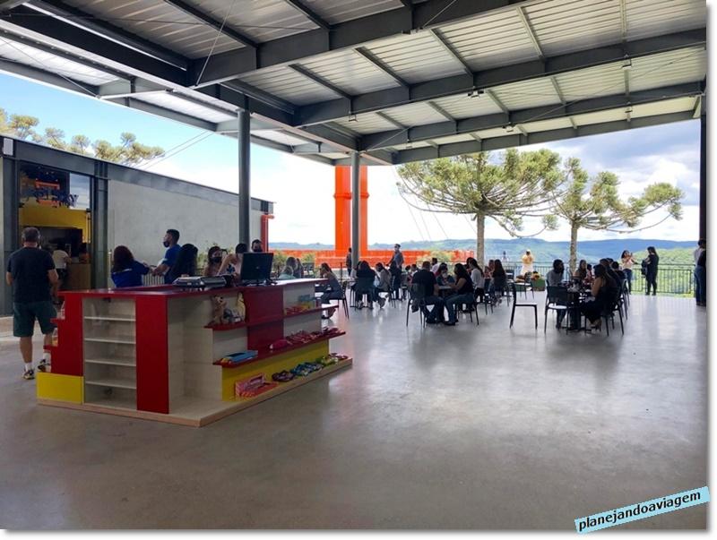 SkyGlass - area de Compras e Restaurantes
