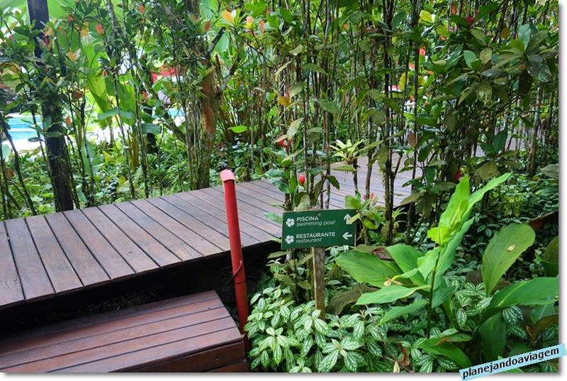 Villa Manakas - jardim
