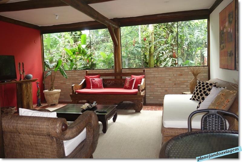 Villa Manakas - Restaurante - interior -sala de TV