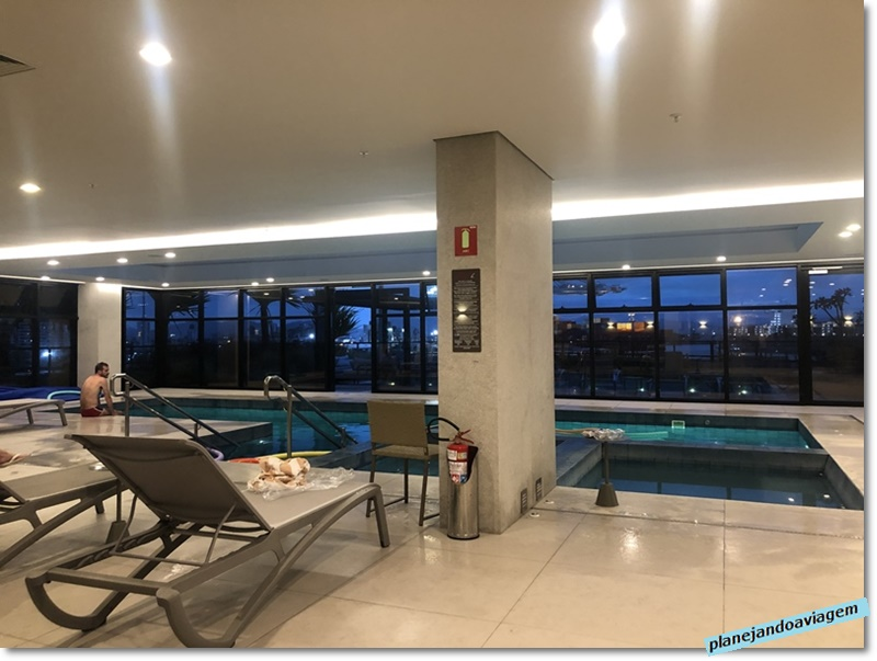 Mercure Itajaí- Navegantes - piscina